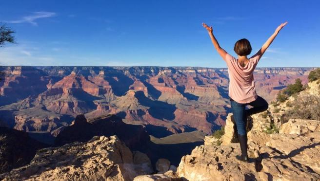 grand-canyon-tree-pose
